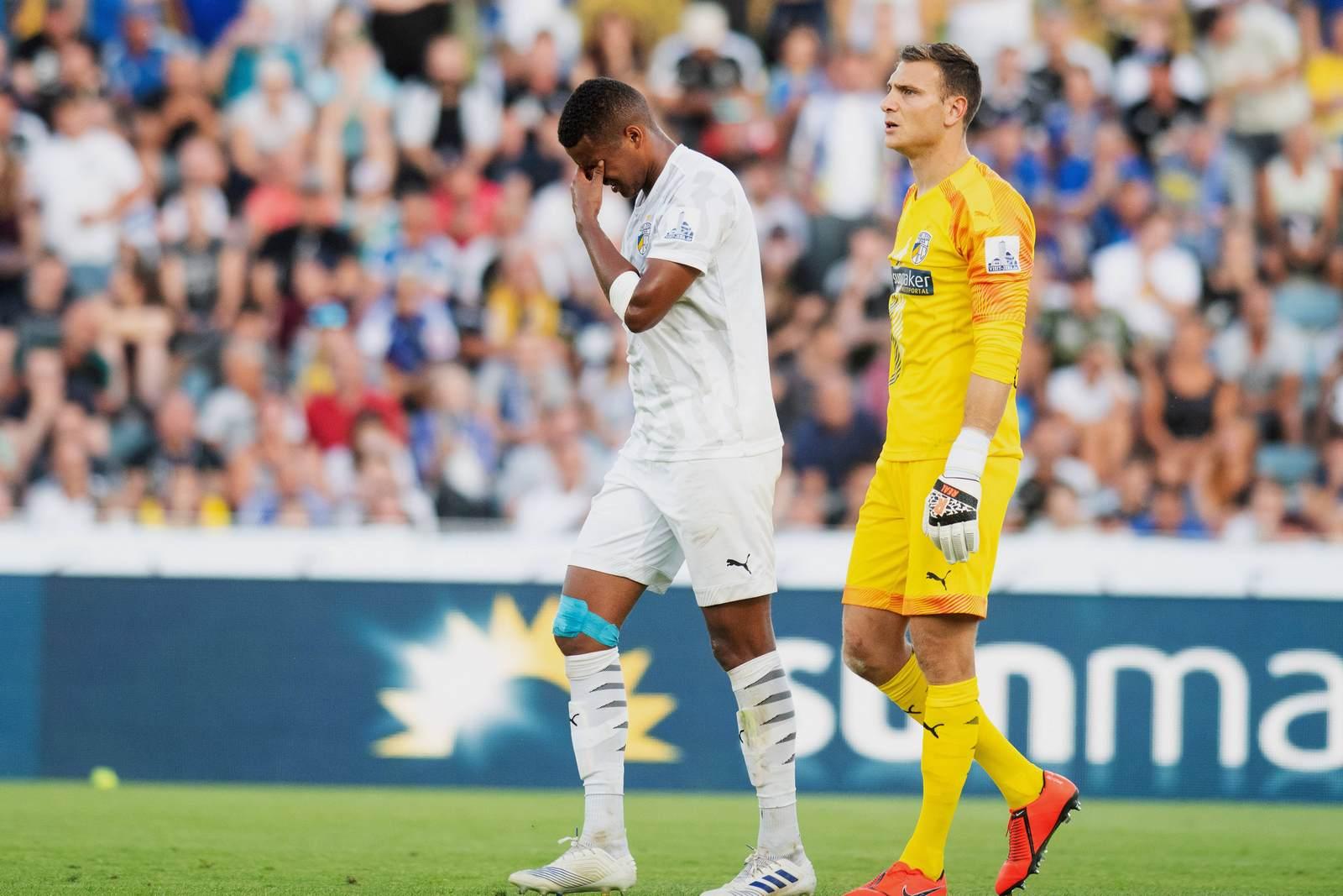 Marian Sarr enttäuscht nach dem 1:2 gegen Ingolstadt