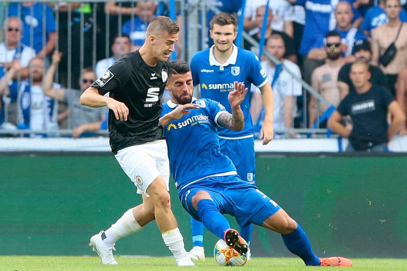 Martin Kobylanski von Eintracht Braunschweig im Spiel gegen Magdeburg