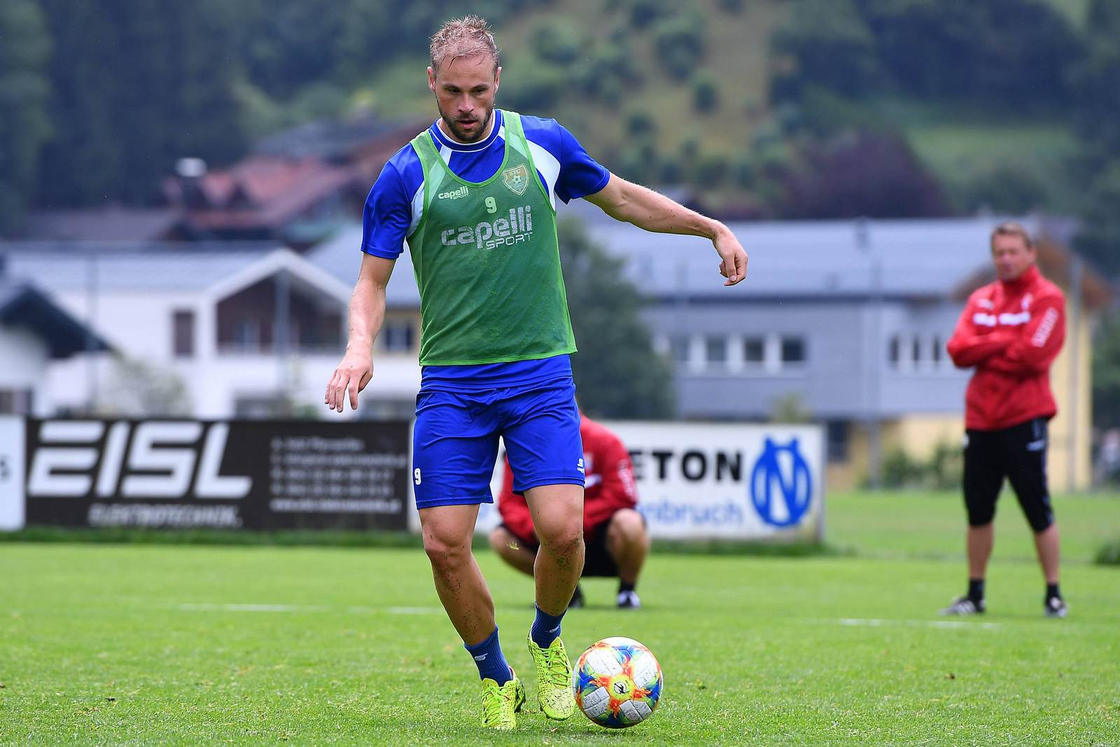 Maximilian Beister im Training des KFC Uerdingen