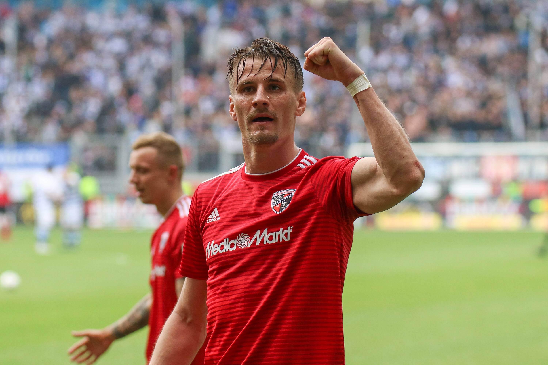 Stefan Kutschke jubelt für den FC Ingolstadt