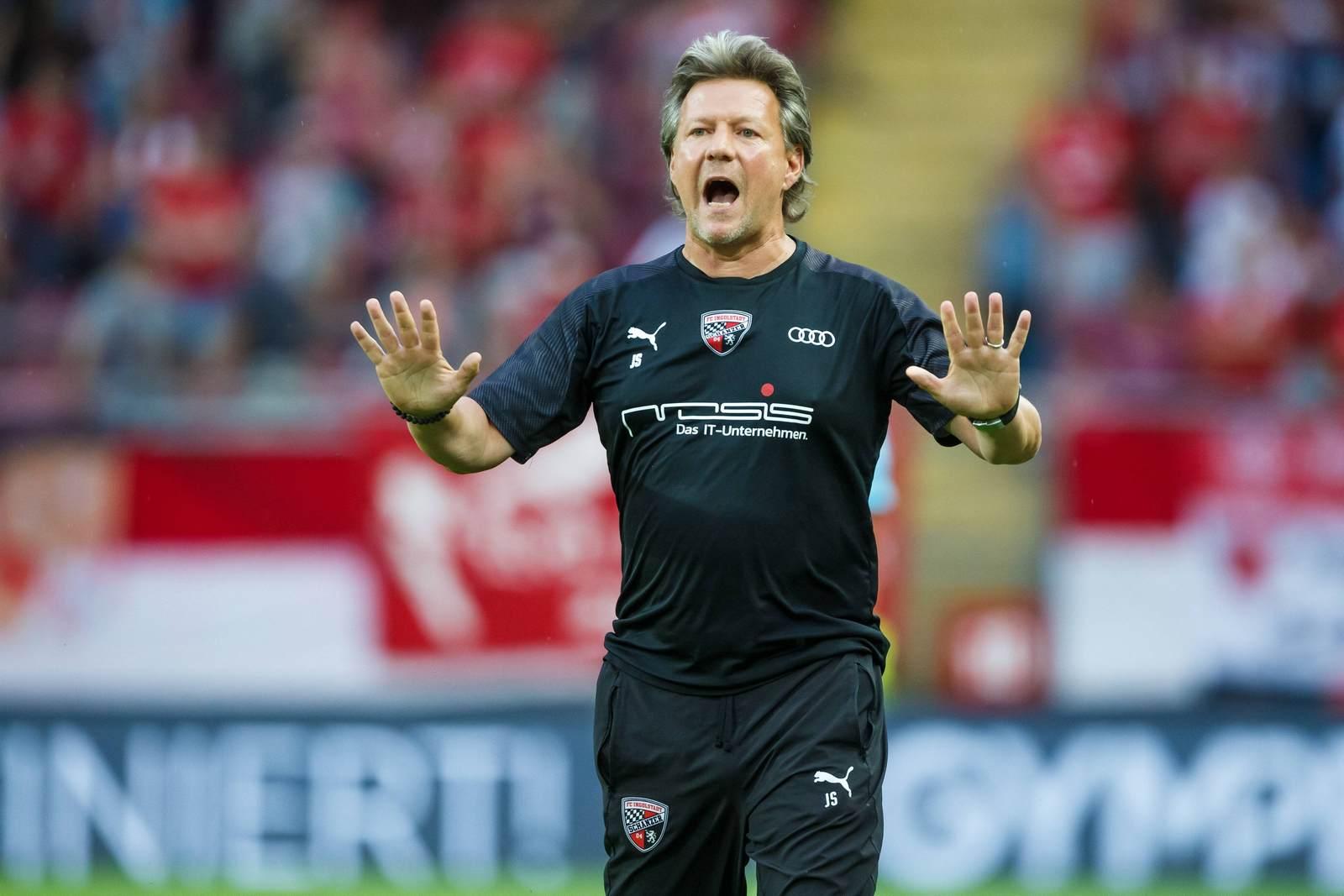Jeff Saibene beim Spiel des FC Ingolstadt in Kaiserslautern