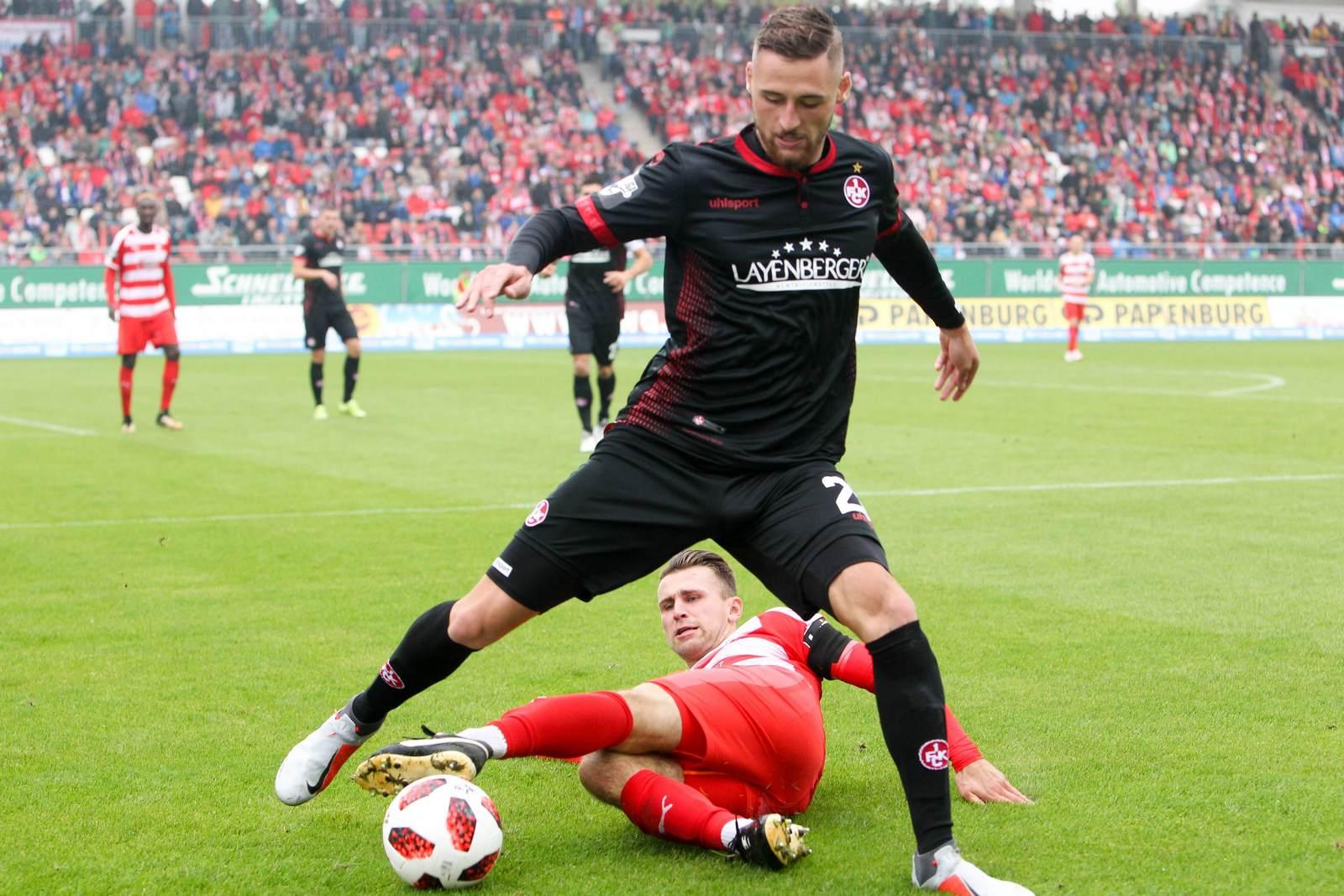 Zweikampf zwischen Lukas Gottwalt und Nils Miatke