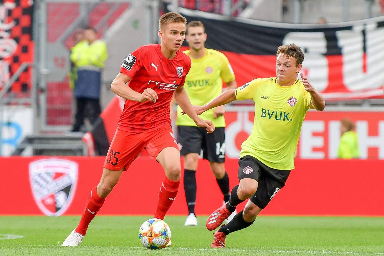 Filip Bilbija (l.) gegen Würzburg.