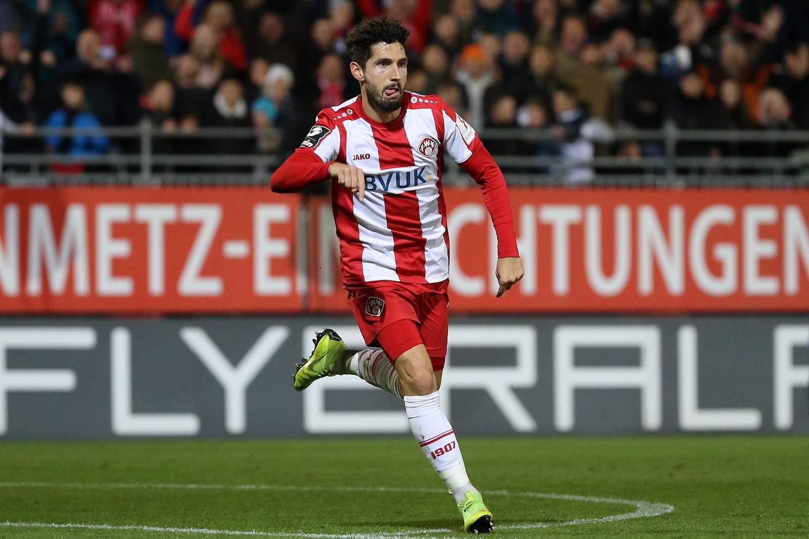 Fabio Kaufmann bejubelt seinen Siegtreffer gegen 1860.