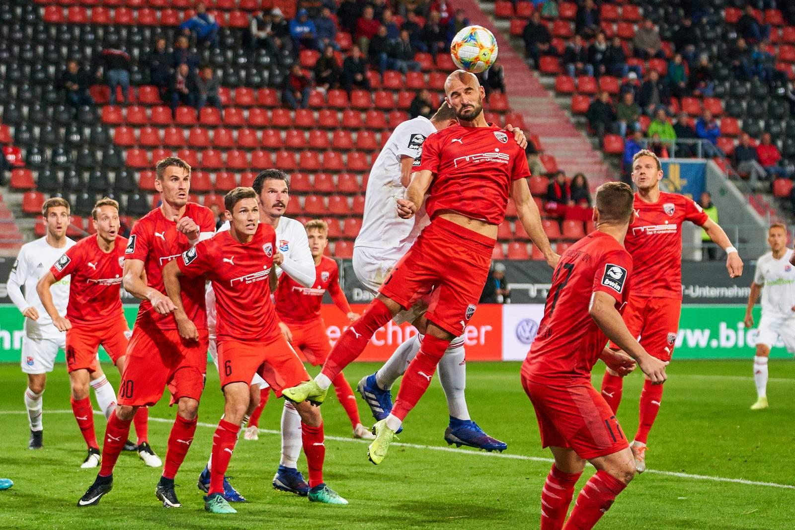 Nico Antonitsch im Spiel gegen Unterhaching.