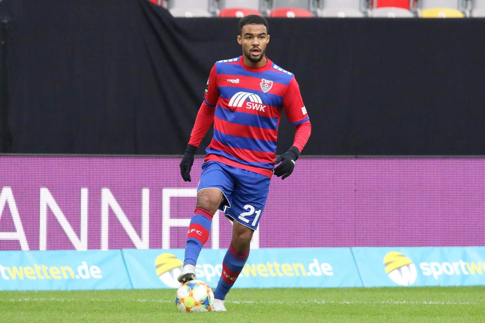 Jean-Manuel Mbom im Spiel gegen Kaiserslautern.