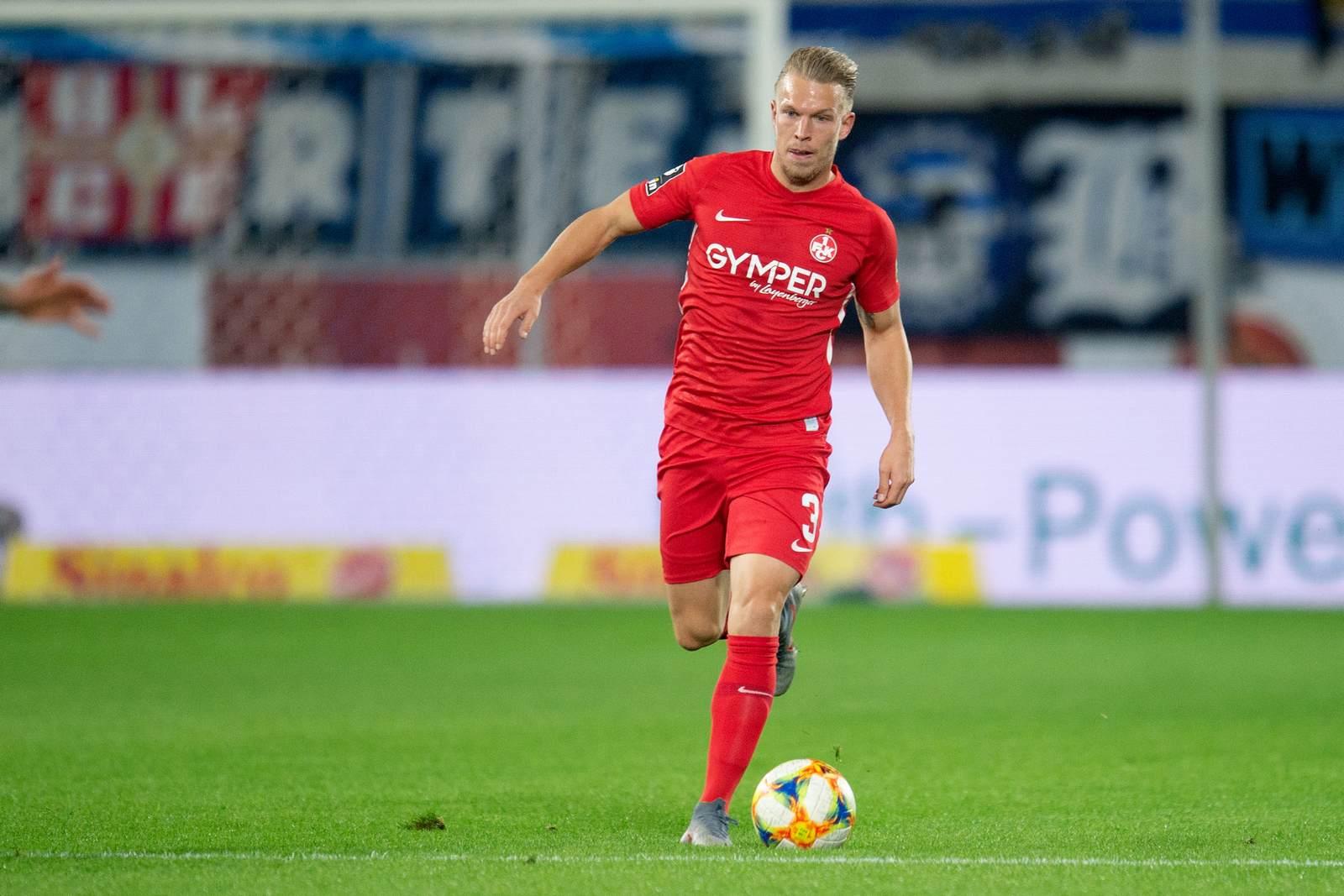 Janek Sternberg am Ball für den FCK