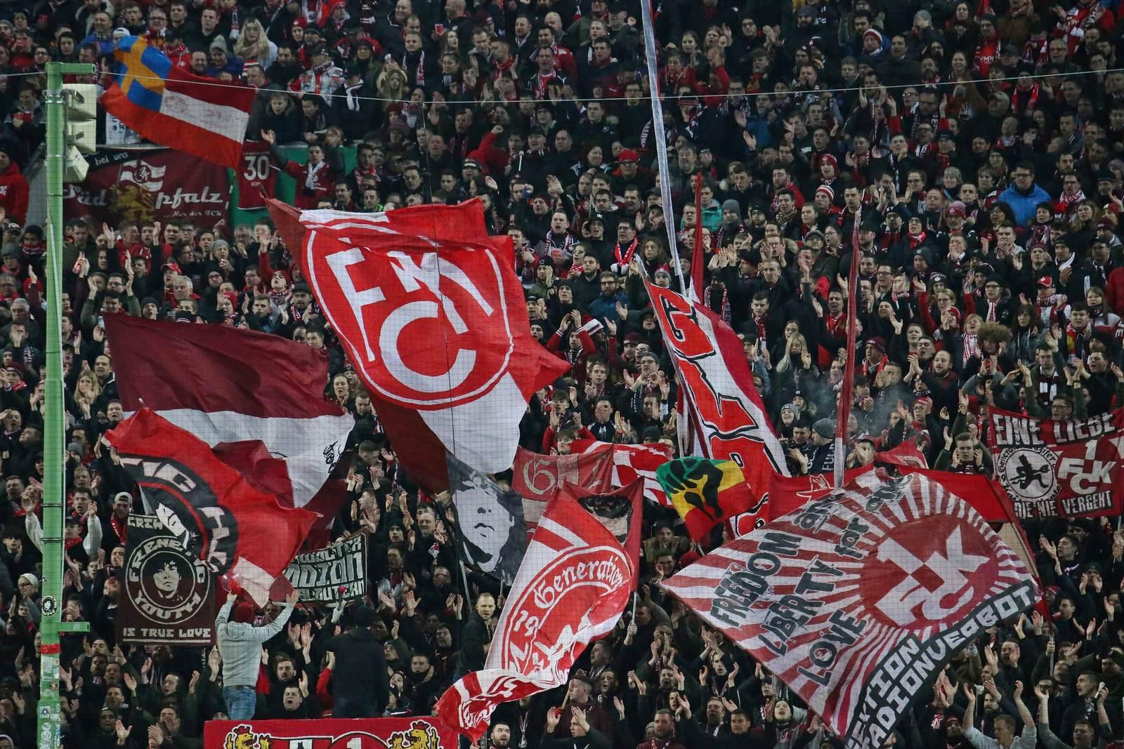 Fans des FCK auf dem Betzenberg
