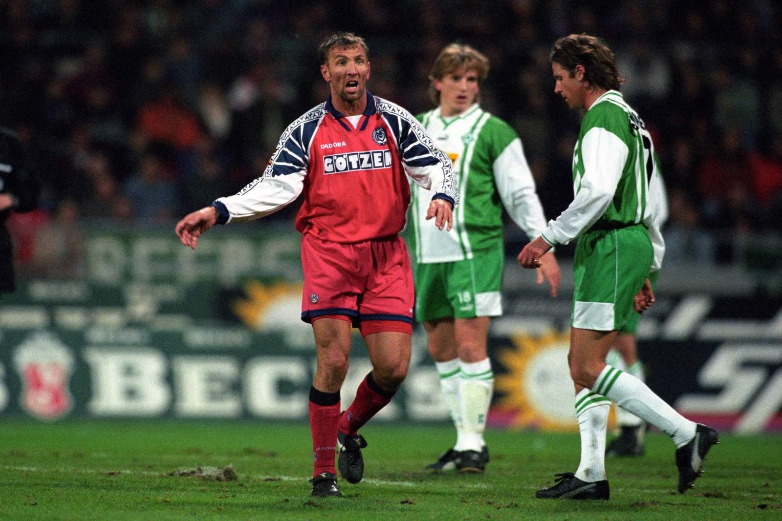 Joachim Hopp im Spiel gegen Werder Bremen.