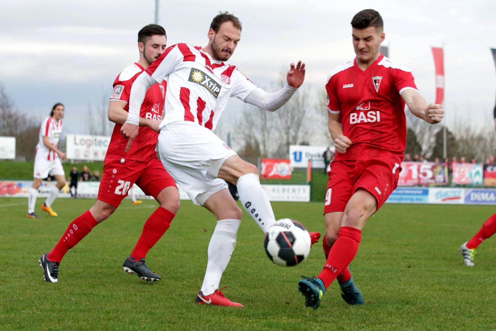 Shpend Hasani beim FC Wegberg-Beeck