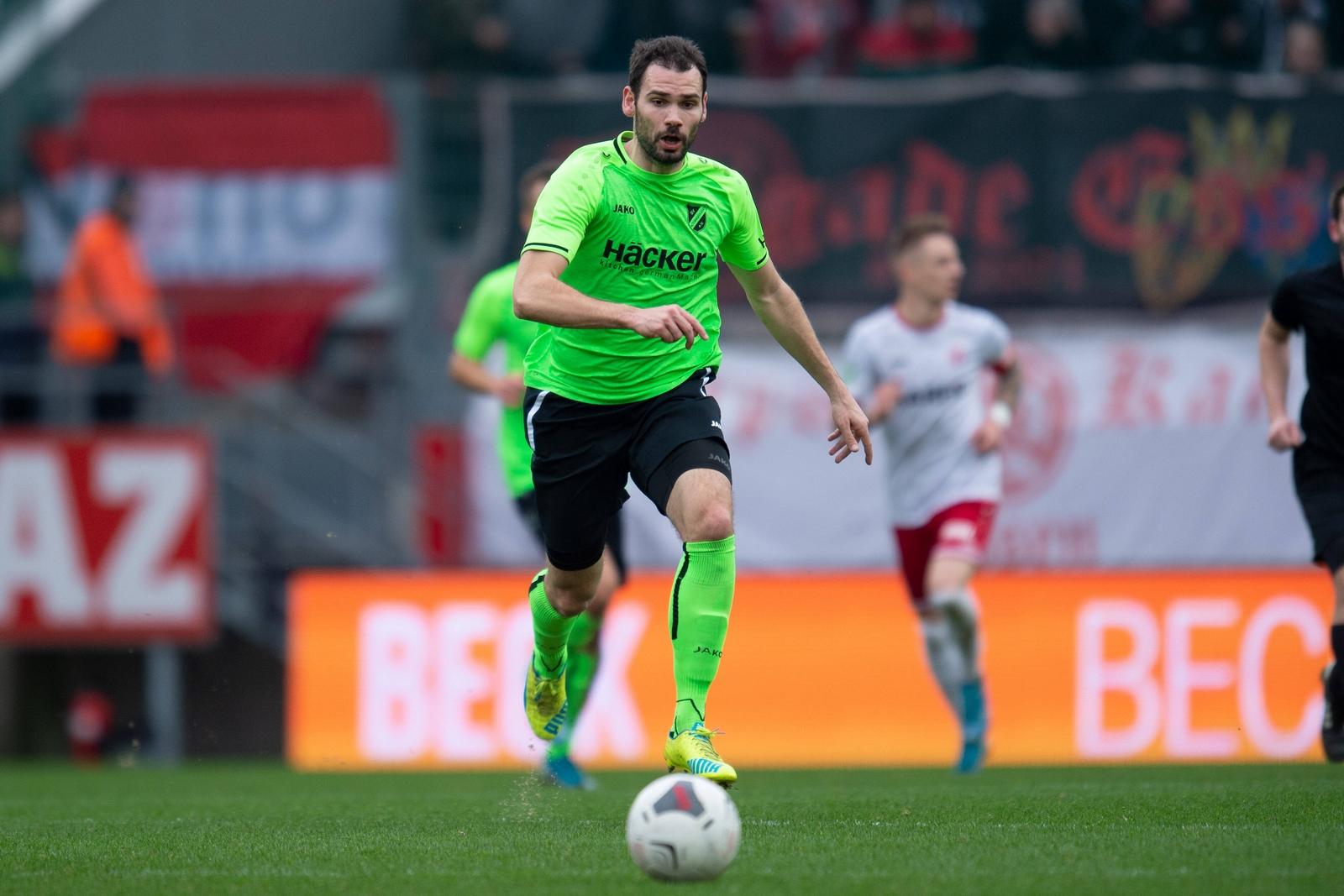 Simon Engelmann im Spiel gegen Rot-Weiß Essen.