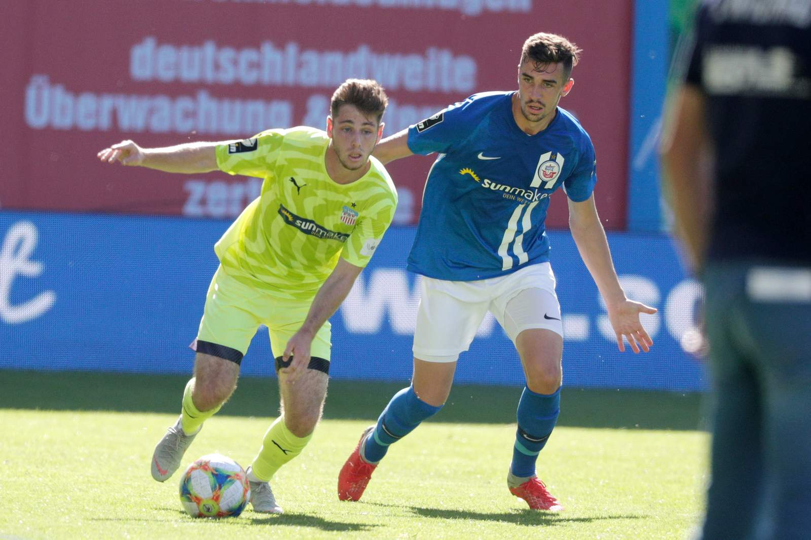 Leon Jensen gegen Sven Sonnenberg