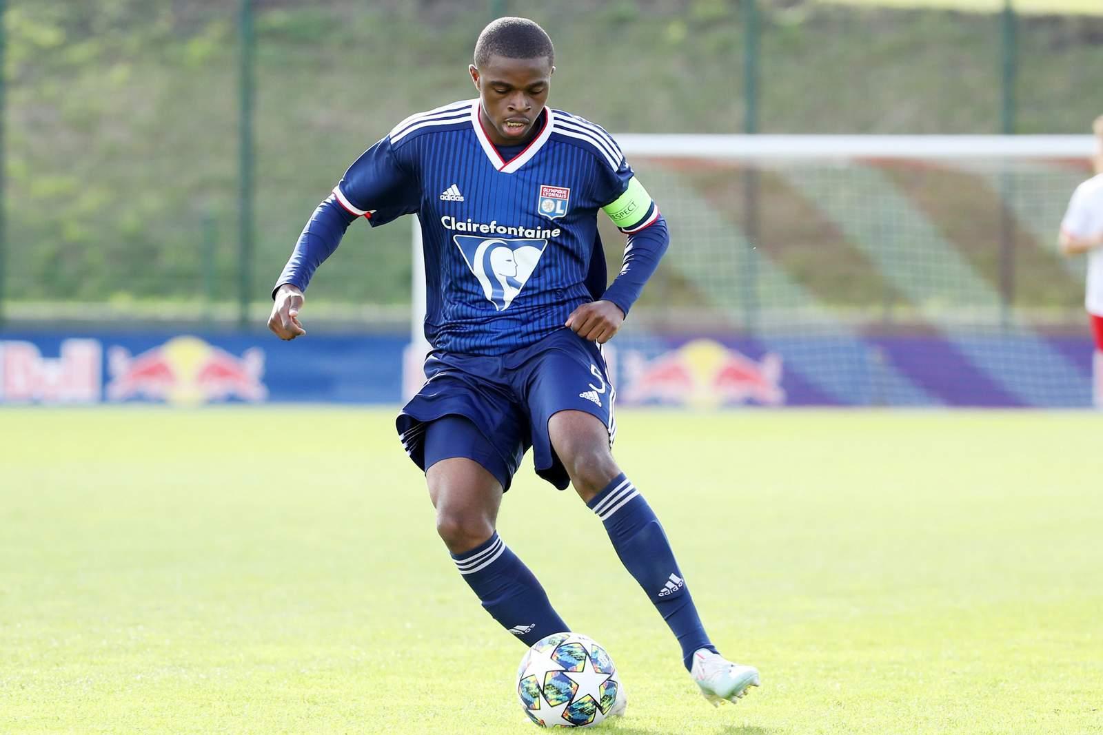Pierre Kalulu von Olympique Lyon