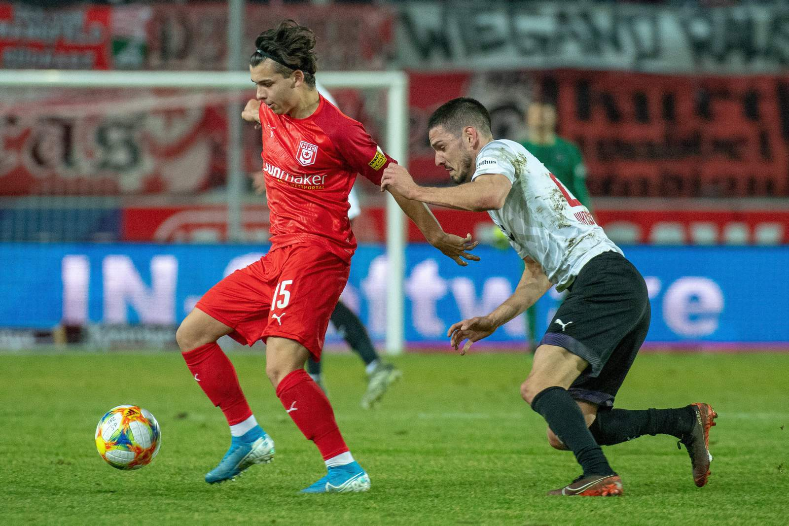 Jan Shcherbakovski im Spiel HFC vs Viktoria Köln