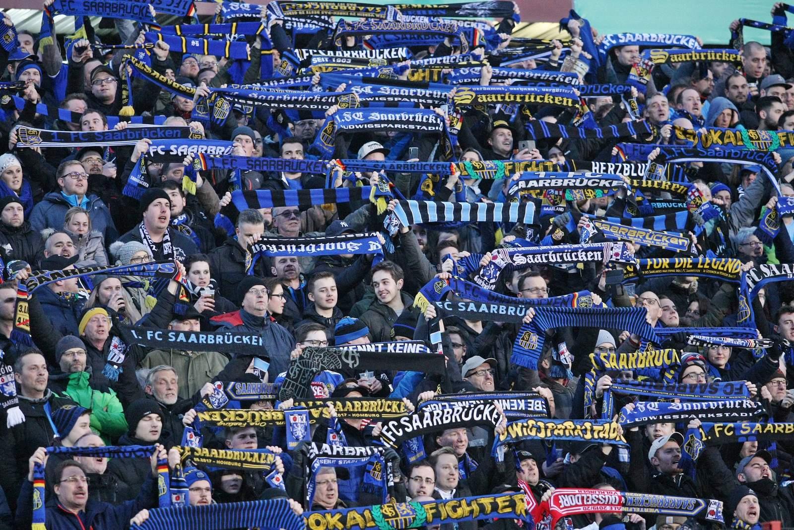 Fans des 1. FC Saarbrücken