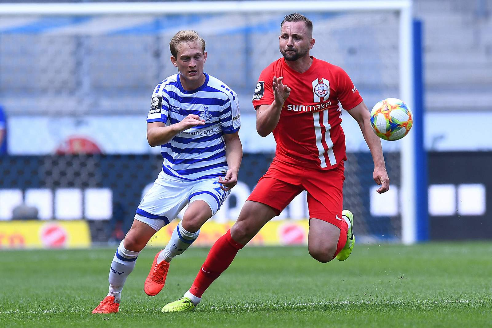 Maximilian Jansen gegen John Verhoek. Jetzt auf Hansa Rostock vs MSV Duisburg wetten