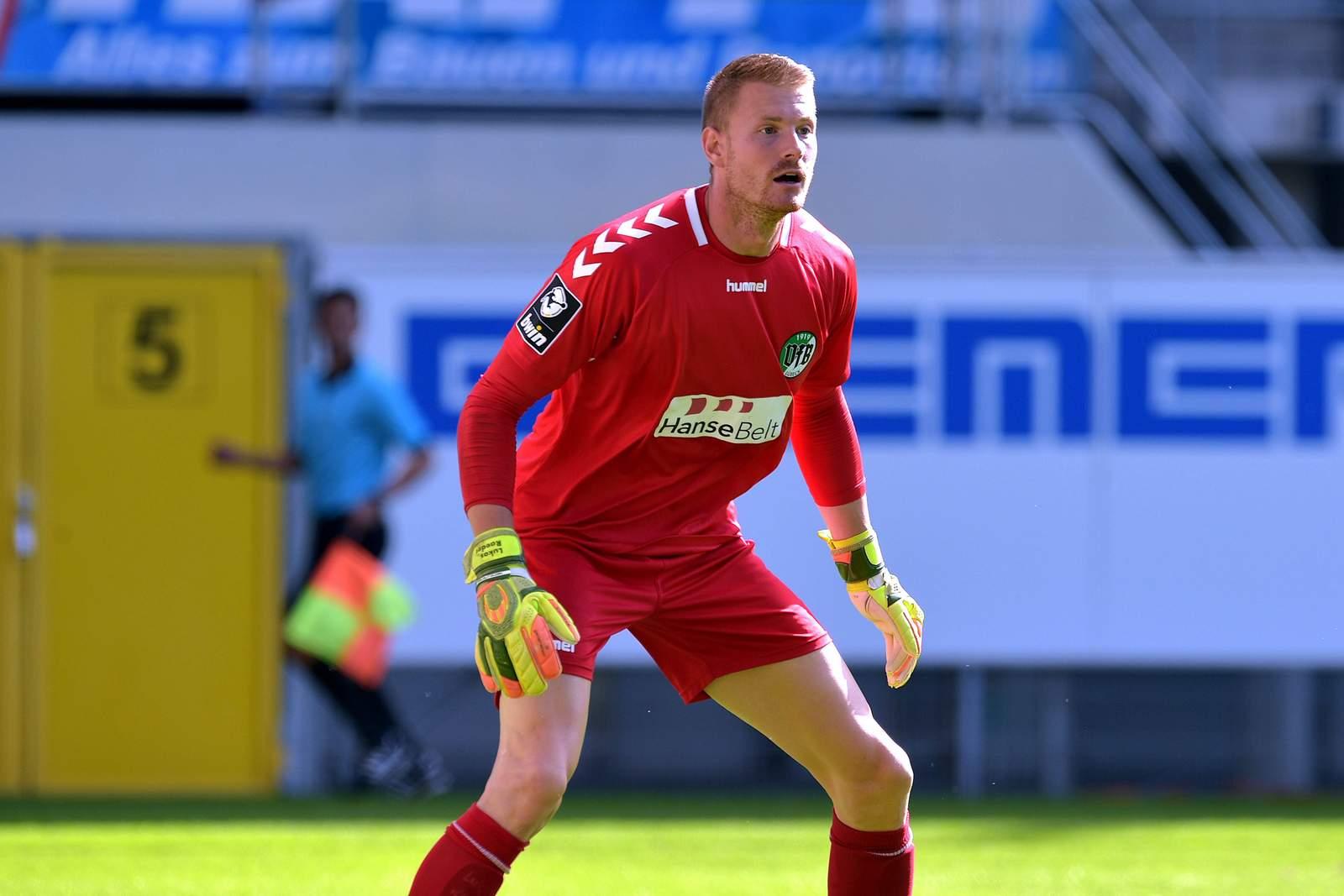 Lukas Raeder im Test gegen Paderborn.
